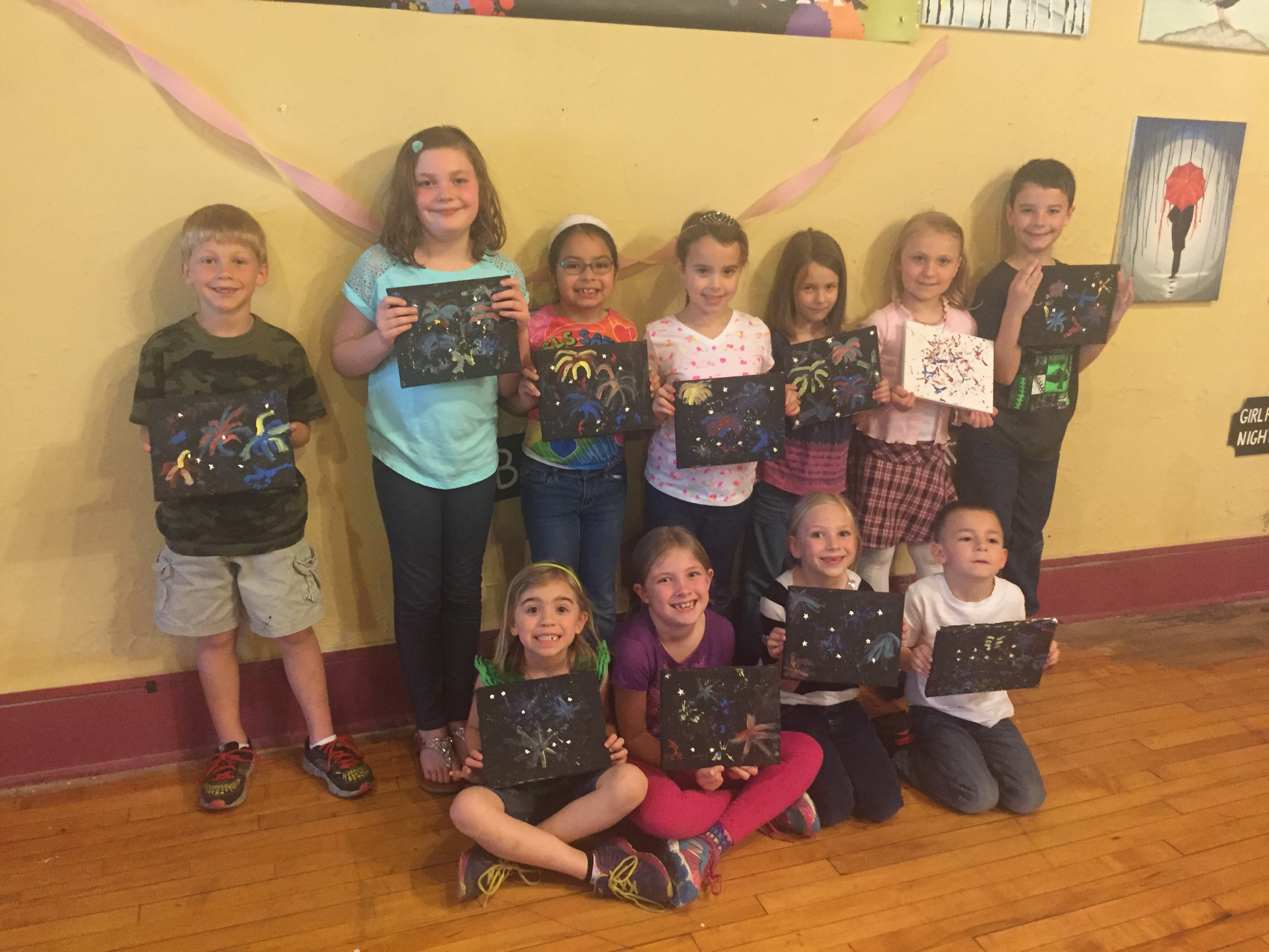 Irene chose Splatter Paint Fireworks for an Explosively fun birthday on 4/23/16!